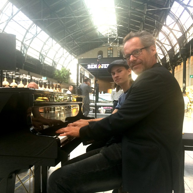 Vi har levert «Parkert piano» til Østbanehallen!